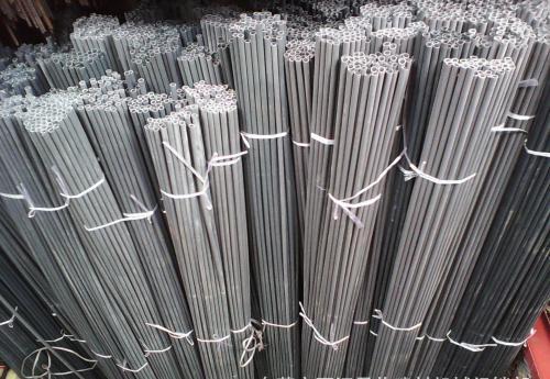 PVC穿墙螺丝管